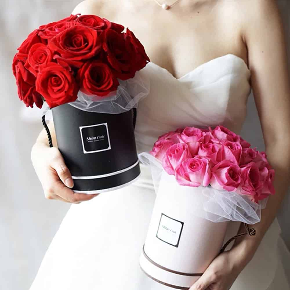 Round Flower Paper Boxes Rose Flower Hug Bucket Vase with Lid Party Birthday Presents Gift Home Decor for Wedding DIY Supply 24